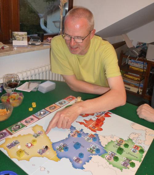 Royals - Wilhelm zeigt Günther wo Spanien liegt